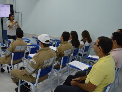 cd6a852bada7e Curso de LIBRAS realizado para os agentes de trânsito da Superintendência  Municipal de Transportes e Trânsito
