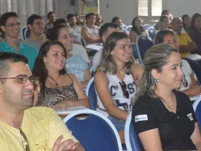 Aulas tem como objetivo ajudar alunos na preparação para o vestibular    Crédito: Roberto Pinheiro