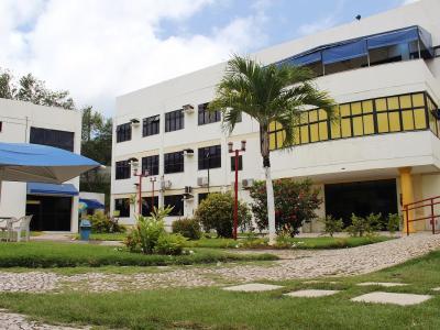 Imagem mostra fachada da unidade