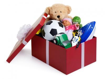 Imagem mostra caixa com brinquedos