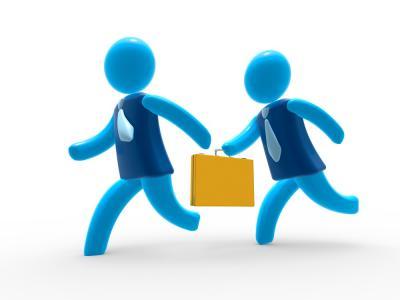Imagem ilustra dois executivos