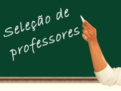 Imagem mostra quadro com chamada para seleção de professores