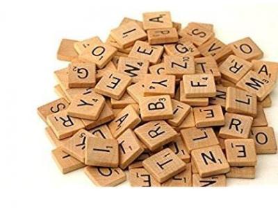 Imagem mostra dominó de letras do alfabeto