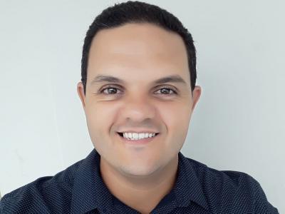 Professor Helison Ferreira