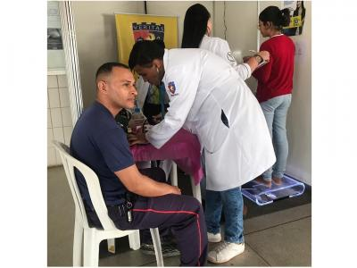 UNINASSAU oferta serviços de saúde para comunidade