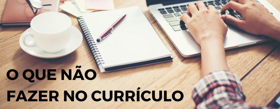 Confira as 7 dicas para não fazer feio na hora de criar o seu currículo /Freepik