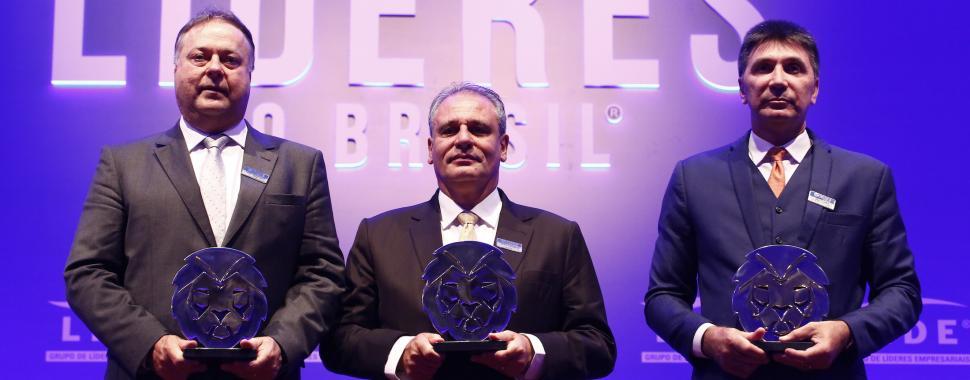 Harry Schmelzer Jr, presidente da WEG, Carlos Sanchez, presidente da EMS, Janguiê Diniz, reitor da UNINASSAU