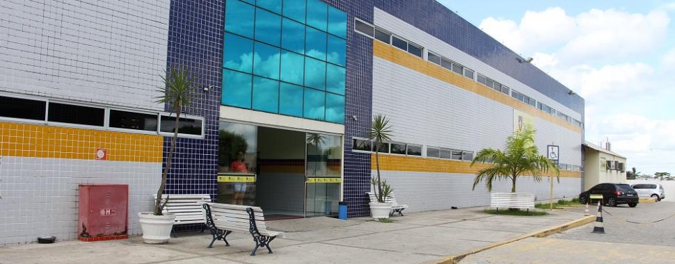 fachada da Faculdade