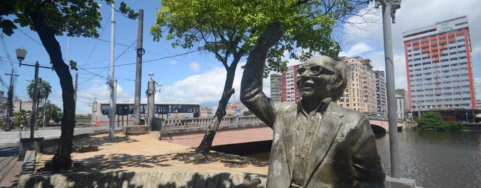 Circuito da Poesia do Recife. Foto: Chico Peixoto/LeiaJá Imagens