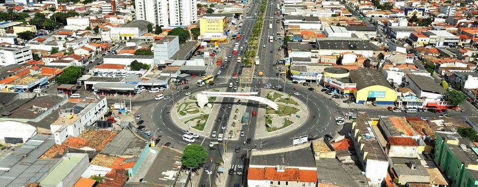 A cidade, a segunda maior do Estado, apresenta particularidades que todo feirense conhece muito bem