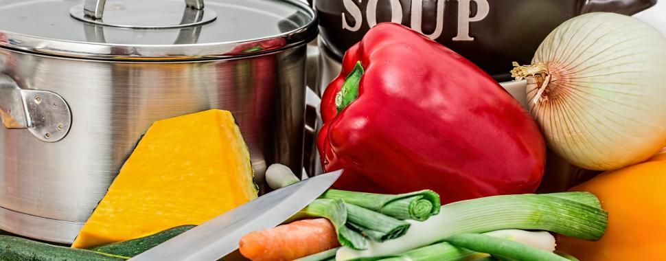Dietas muito restritivas podem trazer mais riscos que benefícios/Pixabay