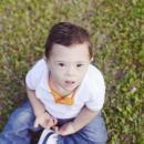 Imagem mostra criança com síndrome de down