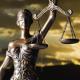 Imagem mostra estátua da deusa da justiça
