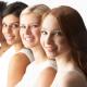 A imagem mostra quatro mulheres de várias etnias